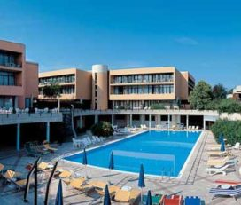 Hotel *** Residence Holiday